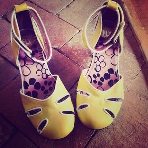 Fly London yellow pumps heels size 37